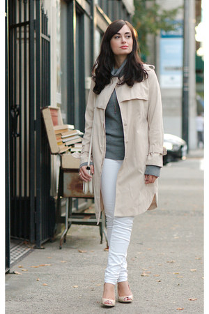 beige Chicwish coat