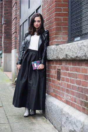 black Chicwish skirt