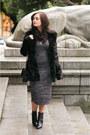 Black-le-chateau-coat