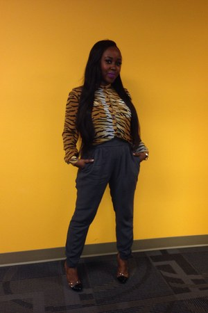 bronze Forever 21 blouse - silver Forever 21 pants - black Boohoo heels