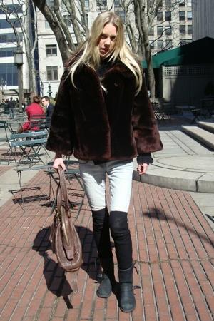 vintage coat - sass&bide jeans - H&M socks - vintage boots - Zara purse