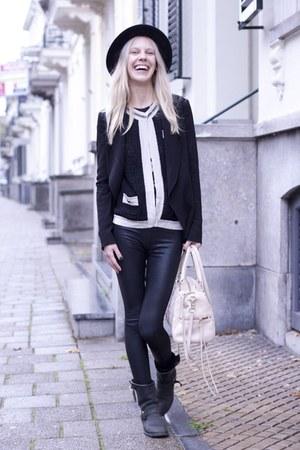 black Alexander Wang blazer - black Frye boots - black H&M hat