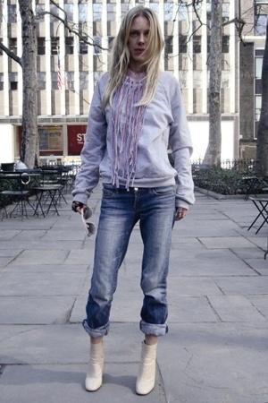 ann tian sweater - Seven jeans - Miu Miu boots