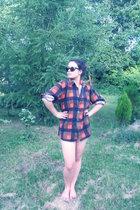 glasses - blouse