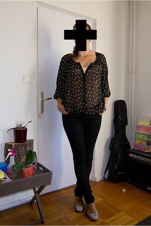H&M shirt - H&M jeans - Zara flats - Zara belt