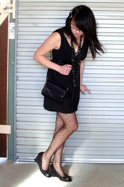 Kmart dress - diva necklace - glomesh purse - Target Australia shoes - stockings