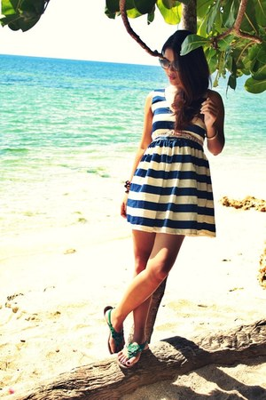 blue stipes WAGW dress