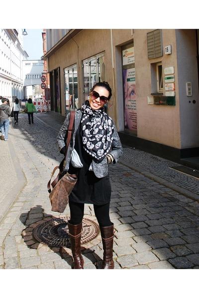 gray vintage blazer - black Soule Phenomenon dress - brown Soule Phenomenon boot