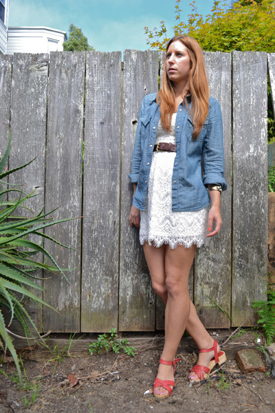 Lace urban outfitters dresses denim lucky brand shirts for Lucky cat shirt urban outfitters