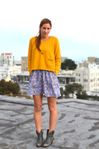 yellow cropped Urban Outfitters sweater - gray Lucky Brand boots