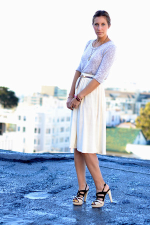 ivory pleated American Apparel skirt - beige Urban Outfitters sweater