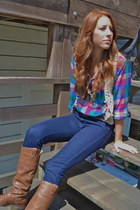brown riding OTBT boots - navy high-rise Gap jeans - beige crochet BB Dakota ves