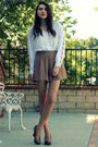 Beige-queens-wardrobe-shorts-white-vintage-top-beige-seychelles-shoes