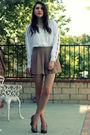 Beige-queens-wardrobe-shorts-white-vintage-top-beige-seychelles-shoes