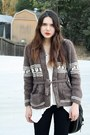 Brown-vintage-sweater-white-80s-purple-top-black-hudson-jeans-black-8020-s