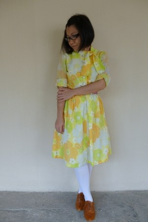 vintage unknown brand dress - white unknown brand tights