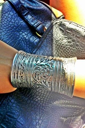 black handmade bracelet