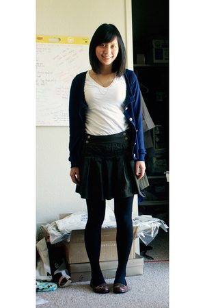 BDG sweater - PacSun t-shirt - Urban Outfitters skirt - Urban Outfitters tights