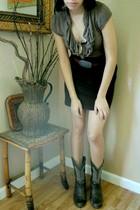 Bloom dress - vintage belt - vintage boots