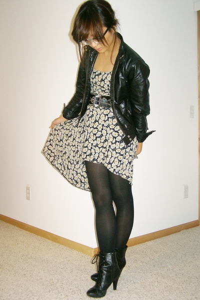 black lace up Payless shoes - beige floral print vintage dress