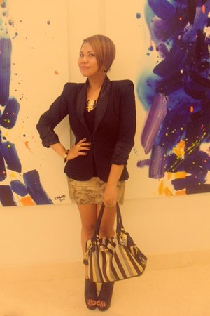 padded blazer designed by me blazer - open-toe boots -  bag - necklace