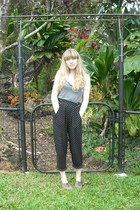 heather gray mossimo supply co top - black pants - light brown flats