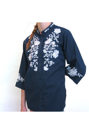 navy Caro of Honolulu blouse
