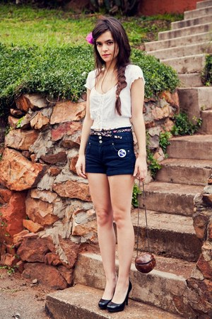 coconut handmade bag - white vintage Mr Price shirt - high waist Jay Jays shorts