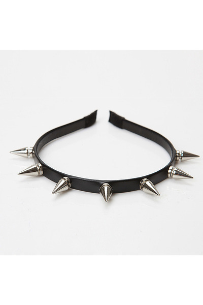 spikes accessories