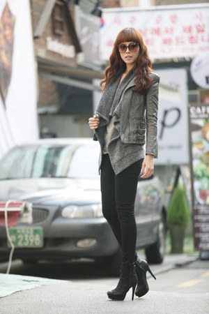 heather gray BL vest - heather gray Via jacket - black Yb pants - black soyou sh