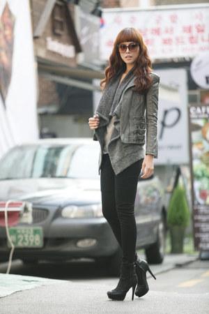 heather gray BL vest - heather gray Via jacket - black Yb pants - black soyou sh