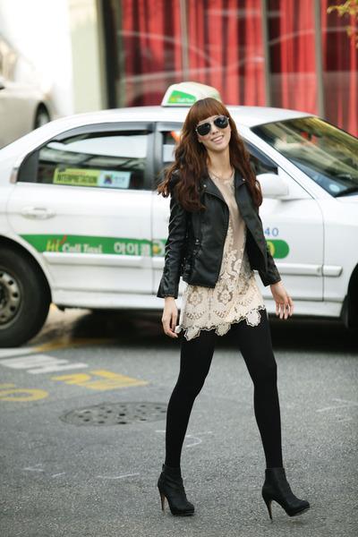 Via jacket - myu dress - beyon shoes