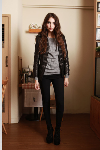 blazer - sweater - skinny riding pants