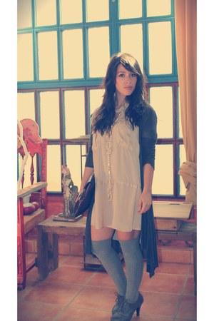hm socks - Elogy blouse - Zara cardigan