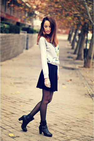 silver suiteblanco sweater - black Forever 21 skirt