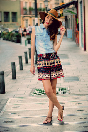 sky blue denim shirt VJ-style shirt - navy Choies shorts