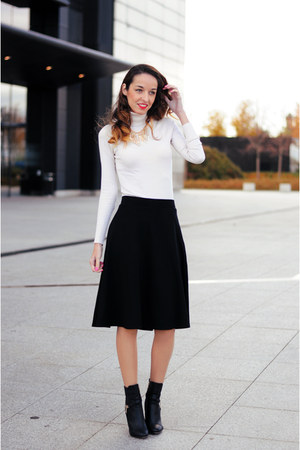 gold choiescom necklace - black midi Promod skirt