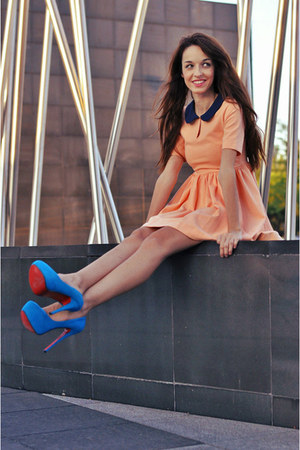 blue red soles vjstyle heels - peach sweet Zara dress