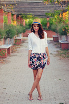 navy Choies shorts - white 6ks blouse