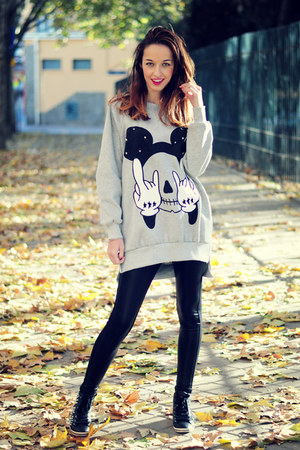 silver xxl mickey choiescom sweatshirt - black Stradivarius leggings