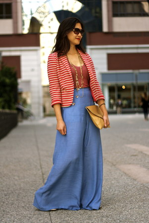 brick red striped Zara blazer - sky blue wide leg Ladakh pants