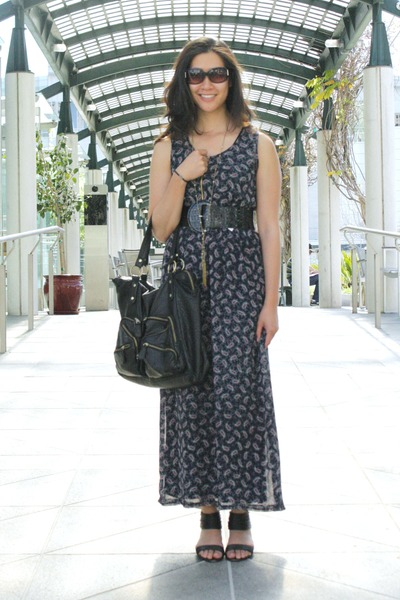 navy maxi dress - black Kelsi Dagger sandals