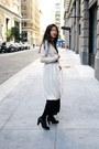 Black-lace-up-oxfords-kimchi-blue-shoes-black-knitted-forever-21-dress-beige