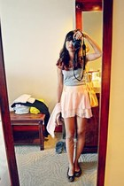 yellow Italia bag - peach sheer shorts - heather gray top