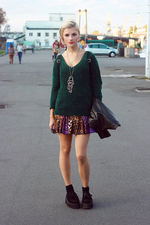 dark green jumper - black shoes - black boots - maroon skirt