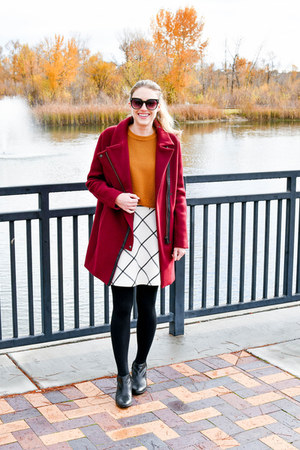 gold madewell sweater - black sam edelman boots - maroon madewell coat