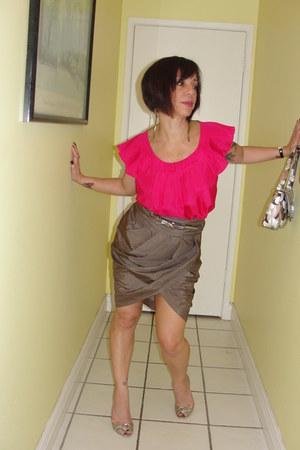 bubble gum Guess bag - hot pink silk Cintia Rowley top blouse - bronze Aldo heel