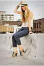Tan-hat-dark-khaki-heels-white-top-navy-urban-outfitters-pants