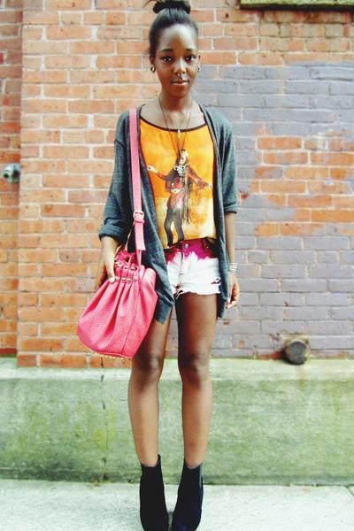 red bag - maroon diy ombre shorts - orange graphic Bershka t-shirt