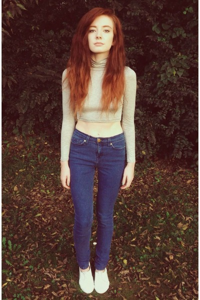 Navy BDG High Waisted Jeans   Chictopia